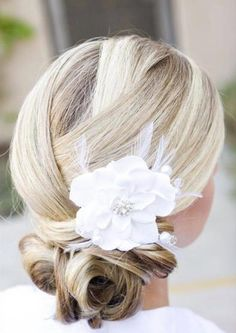 chignon wedding hairstyles, low bun wedding hairstyles - chignon for brides Wedding Hair And Makeup, Bridal Hair, Hair Makeup, Hair Wedding, Up Hairstyles, Pretty Hairstyles, Style Hairstyle, Summer Wedding Hairstyles, Chignon Wedding