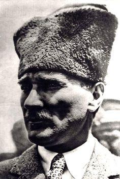 Atatürk'ün Görünümü Hakkında Yazılmış Muazzam 7 Yazı - MustafaKemâlim