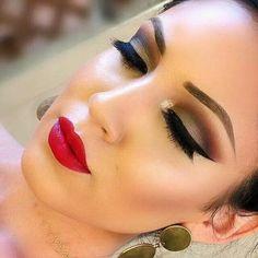 Henna party makeup