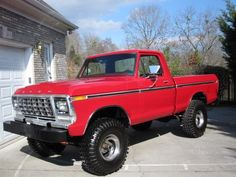 I seriously am keen on this paint color for this %%KEYWORD%% 1979 Ford Truck, Old Ford Trucks, Ford 4x4, New Trucks, Cool Trucks, Single Cab Trucks, Classic Ford Trucks, Used Ford, Old Cars