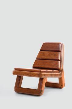 """Designer cria móveis """"de primeira"""" com madeira de reúso; veja"""