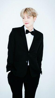 민 윤 기 | Min Yoon Gi | Suga | Agust D