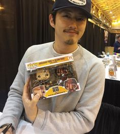 Glenn and Abraham funko pop vinyl (Lucille death). I don't know how to feel about this haha Glenn The Walking Dead, The Walk Dead, The Walking Death, Walking Dead Funny, Walking Dead Zombies, Abraham Twd, Steven Yeun, Glenn Y Maggie, Riggs Chandler