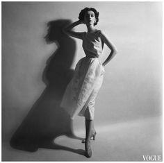 May 1952 Vogue Photo Cecil Beaton