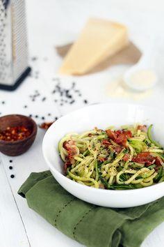Romantic Cacio e Pepe for Valentine's Day (zucchini pasta)