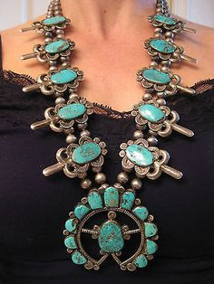 EARLY-SIMPLICIO-STYLE-RARE-vintage-NAVAJO-TURQUOISE-SQUASH-BLOSSOM-NECKLACE