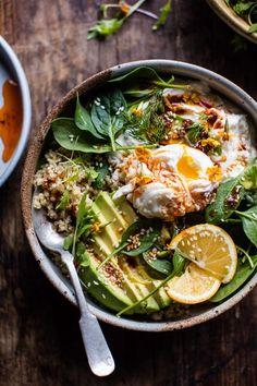 Turkish Egg And Quinoa Breakfast Bowl Half Baked Harvest – All Recipes Breakfast And Brunch, Quinoa Breakfast Bowl, Easy Vegetarian Dinner, Vegetarian Breakfast, Dinner Healthy, Vegetarian Food, Falafel Vegan, Brunch Recipes, Gastronomia