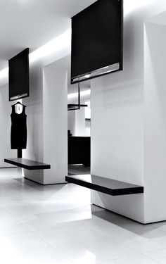 Alessandro Puglisi | Store CB Woman, 2010 | Caltanissetta, Italy