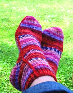 Easy socks on two needles Women XS M L PDF by QuirkyGooseDesigns