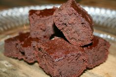 Recipe Review: Paleo Brownies from Elana's Pantry