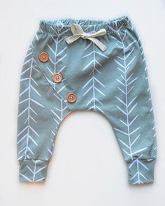 Items similar to Button Harem Pants Baby Leggings, Baby Harem Pants, Kids Pants, Baby Outfits, Kids Outfits, Trendy Baby Clothes, Baby Kids Clothes, Coming Home Outfit, Boho Baby