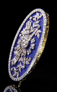 An antique gold platinum guilloché emamel and diamond brooch Western Europe late century. Buy Gold Jewellery Online, 18k Gold Jewelry, Enamel Jewelry, Antique Jewelry, Vintage Jewelry, Vintage Brooches, Designer Jewellery, Jewellery Uk, Ancient Jewelry