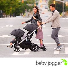 Whether you're looking for a travel system, a pram, a double stroller, a triple, or just a single, the Baby Jogger City Select could be the only stroller you'll ever need.