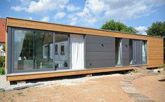 Die Zukunft des Bauens – Lassen Sie sich inspirieren von der Modularen Bauweise aus Holz um unabhängig und mobil zu leben. Ob als Wohnraumerweiterung für ihren Nachwuchs oder einen Hobbyraum für Sie selbst, als Saunahaus im Garten oder Ferienhaus. Individuelle Planung, schnelle Bauzeit und ein flexibler Standort sind nur ein kleiner Teil der Vorteile, die Ihnen die Modulbauweise bietet. Lassen Sie sich inspirieren! Mehr Infos finden Sie unter WWW.BRETT-HOLZBAU.DE