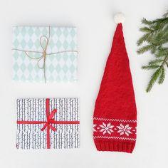Oops-it's-christmas-hat, free knitting pattern by Marianne J. Bjerkman