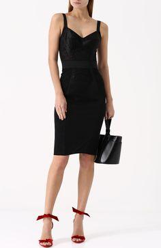 Женское черное платье-футляр с широкими лямками DOLCE & GABBANA — купить за 85350 руб. в интернет-магазине ЦУМ, арт. 0102/F63H1T/GDC38