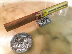 BOLIVAR LA CASA DEL HABANO & Silver Cigar Leaves | Wild but Elegant