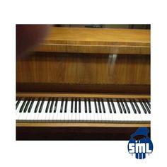 Pianos usados Kemble, Ed Seiler, Zimmermann, , Hermann Mayr, Yamaha, Grotian Steinweg e John Carlitt compre no Salão Musical de Lisboa. Visite o nosso site.