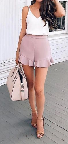 cute outfit idea: top shorts bag sandals