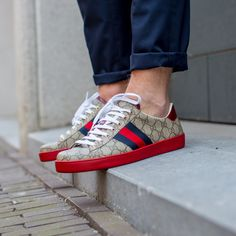 COM The Gucci Ace GG Supreme Low Top Sneaker