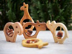VENTE! Hochet en bois lot de trois animaux…                              …