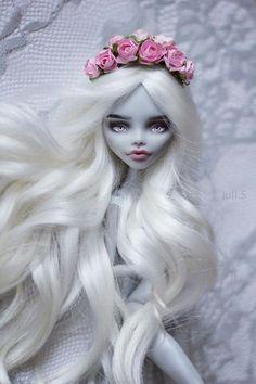 Monster High Ghoulia OOAK JuliSidorova