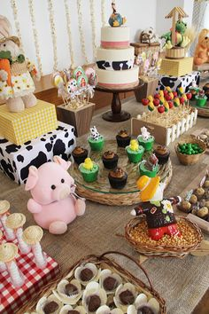 Discover recipes, home ideas, style inspiration and other ideas to try. Farm Animal Party, Farm Animal Birthday, Farm Birthday, First Birthday Parties, Birthday Party Themes, First Birthdays, Birthday Ideas, Farm Themed Party, Barnyard Party