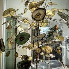 "38 Likes, 4 Comments - Peter Blank (@peterblank.detail) on Instagram: ""Dancing in the Light! Vintage Jere Sculpture. #milehimoderncasa #milehimodern #coolesthomesintown…"""