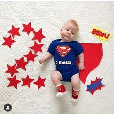 Monthly Baby Photos, Cute Baby Photos, Newborn Baby Photos, Baby Boy Newborn, Baby Pictures, Newborn Photography Poses, Newborn Baby Photography, Foto Baby, Dad Baby