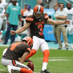 The ex-Eagles kicker, who was a last-minute replacement for injured Brown Patrick Murray, perhaps wishes he had never gotten the phone call. Parkey missed three field goal attempts of a range that an NFL kicker makes almost automatically, he hooked one from 41 yards, he doinked one from 42 and...
