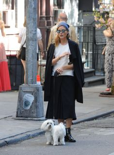 OLIVIA PALERMO Walks Her Dog Out in New York 10/18/2016
