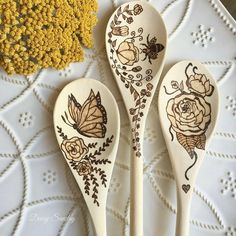 these are too pretty to use! Pyrography Designs, Pyrography Patterns, Wood Carving Patterns, Wood Patterns, Wood Burning Crafts, Wood Burning Art, Wood Crafts, Wood Burning Techniques, Wood Burn Designs