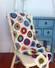 Crochet a Sunbeam Granny Blanket... ♥ Found at Now I'm Home, freebie pattern. Love this design, thanks so xox