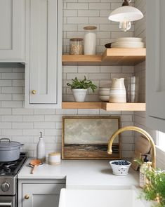Handcrafted by Farmhouse. Designed by Studio McGee, shelves kitchen cabinet Handcrafted by Farmhouse. Designed by Studio McGee, Kitchen And Bath, New Kitchen, Kitchen Dining, Awesome Kitchen, Kitchen Layout, Kitchen Hacks, Rustic Kitchen, Country Kitchen, Kitchen Themes
