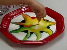 Grade K- Teaching science in kindergarten can be tricky, it is really about the students exploring the world around them. This site has many different ideas from colouring changing milk, to magnets. LOVE the milk experiment! Science Resources, Science Lessons, Science Activities, Science Projects, Science Experiments, Science Ideas, Kindergarten Colors, Kindergarten Science, Teaching Science