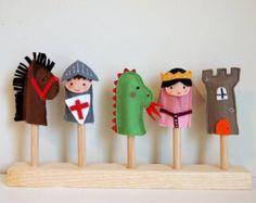 Marionetas de dedo. Set de tres títeres de dedo en by LaRoba
