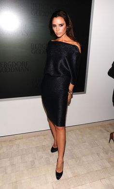 She Turns an LBD Into a Fashion Statement - 15 Reasons to Love Victoria…