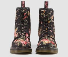 1460 W   Womens Boots   Womens   The Official Dr Martens Store - UK