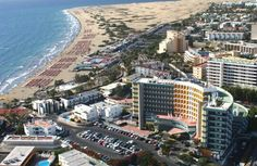 Playa Ingles GRAN CANARIA, siskon kanssa -96