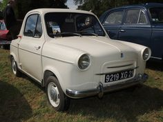 Vespa 400, Classic Italian, Euro, Sporty, Mini, Dream Garage, Vintage Italian