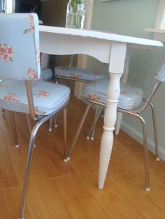 Restyled Vintage: Oilcloth Buntings and other pretty things