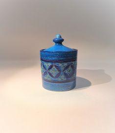 Vintage Vases, Vintage Pins, Vintage Ceramic, Etsy Vintage, Vintage Shops, Vintage Art, Vintage Items, Glass Ceramic, Ceramic Pottery