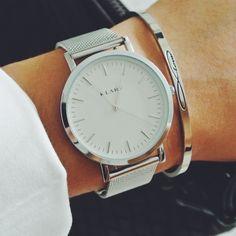 White & Silver mesh bracelet timepiece