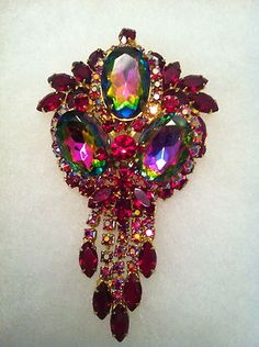 JULIANA VINTAGE WATERMELON GLASS & RED RHINESTONE BROOCH/PENDANT