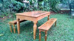 Mesa com bancos de madeira de demolição | OLX