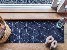 Inspired by the winter weather, Hagl Black doormat is both playful and geometric at the same time.