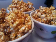 no bake desserts: Lazy Caramel Corn {A No Bake Recipe! Caramel Popcorn Recipe No Corn Syrup, Caramel Corn Recipes, Popcorn Recipes, Flavored Popcorn, Candy Recipes, Popcorn Kernels, Candy Popcorn, Baking Recipes, Snack Recipes