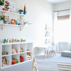 Montessori Playroom, Montessori Toddler, Toddler Playroom, Cube Shelves, Wall Shelves, Toy House, Playroom Design, Kids And Parenting, Kids Playing