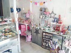 Cafés: Schöner Krimskrams im LITTLE RABBITS ROOM