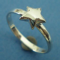 Silver Star Ring  US 3  13 by yhtanaff on Etsy, $25.00